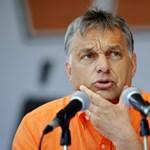 Orbánt nem érdekli, hogy újrahasznosított '56-os himnuszért fizettek