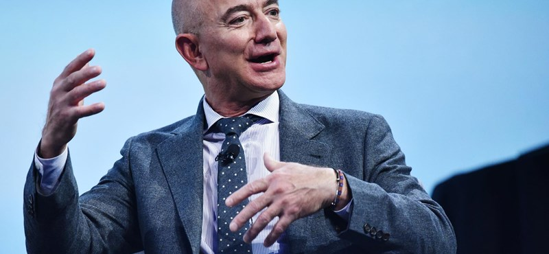 More than 60,000 people have already asked Jeff Bezos not to return from space