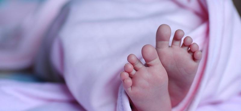 Háromszülős baba született Görögországban