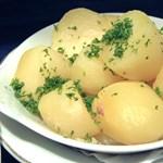 A főváros XII. kerülete krumplit oszt, a helyi Fidesz kicsit rátelepedett az ügyre