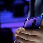 Nagyon érdekes ötlet: nyújtható képernyővel lehetne nagyobb a telefonok kijelzője