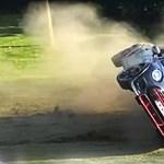 Az első percekben sikerült összetörnie vadiúj autóját a youtubernek