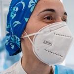 Bepereltek egy kínai maszkgyártót, annyira silány minőséget árult