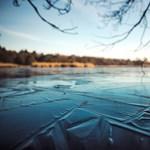 A jég alatt, két fokos vízben úszott 103 métert egy finn nő