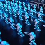 Videó: Több száz robot ünnepli a kínai újévet