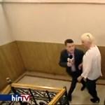 Testével védte munkatársa a ferencvárosi polgármestert a Hír TV-től – videó