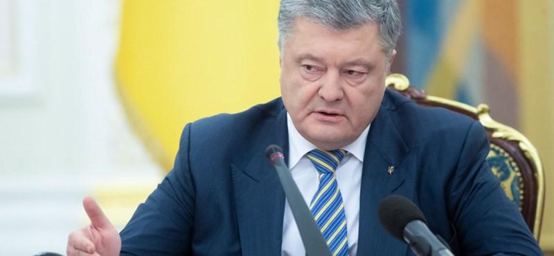 Aláírta az ukrán nyelvtörvényt Porosenko