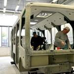 Közel 180 busszal még tartoznak, de már leépít a magyar gyártó