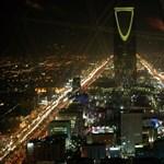 Az autóját nem, de a tőzsdét vezetheti egy nő Szaúd-Arábiában