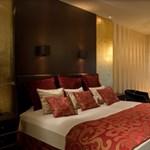 Hotelfoglalások: egyre hevesebb az online láz