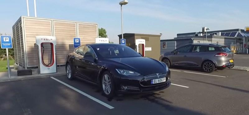 Új rekordot ment a Tesla Model S: 729 kilométer egy feltöltéssel