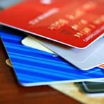 Hatalmas adóssággal kezdik a munkát a friss diplomások