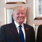 """Valódi szakértővel üvöltözött a Fideszből kiszórt, de Trumpnak azért megfelelő """"tanácsadó"""""""