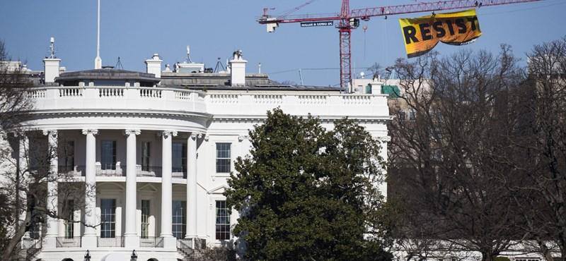 Fegyveres férfit kaptak el a Fehér Ház mellett