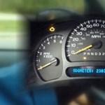 Azért Amerikában is nagyban megy az óratekerés az autókban