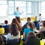 8 jó tanács, hogyan tudja legyőzni a vizsgadrukkot és a lámpalázat