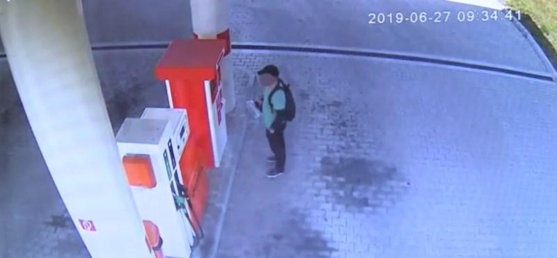 Teljesen automatizált benzinkutat rabolt ki egy férfi Győrben – videó
