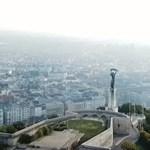 Egy fiatal nő le akart ugrani a Gellért-hegyről