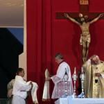 Az egyházakat is bosszantja a kormány bénázása
