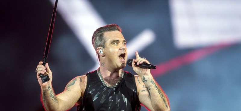 Százmillióknak mutatott be Robbie Williams