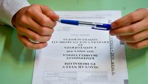 A kormány szerint nincs akadálya annak, hogy rendesen megtartsák az érettségiket