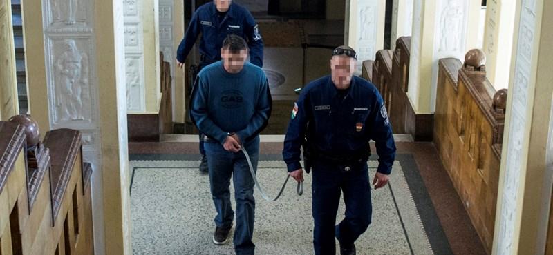 Előzetesbe került a kiskunhalasi ügyészre támadó kalasnyikovos férfi