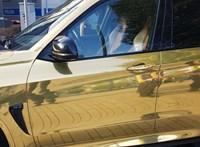 Nem jött be a német rendőröknek az aranyozott BMW