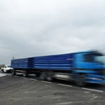 Két kamion ütközött össze Derecske közelében