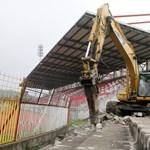 Már ütik szét a Diósgyőr stadionját - fotó