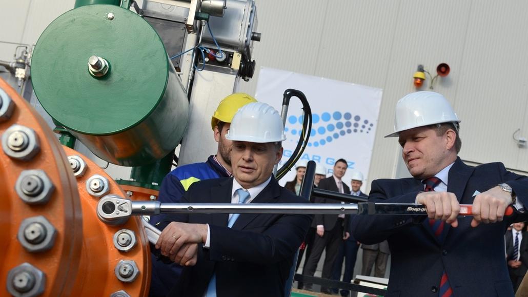 faz. 2014.03.27. Orbán Viktor és Robert Fico a két ország földgázhálózatának összekapcsolásán - Szada