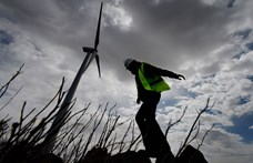 Viharos széllel jön a hidegfront, figyelmeztetés a Balatonnál