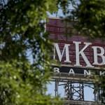 Az MNB megbírságolta Mészáros Lőrincék MKB Bankját