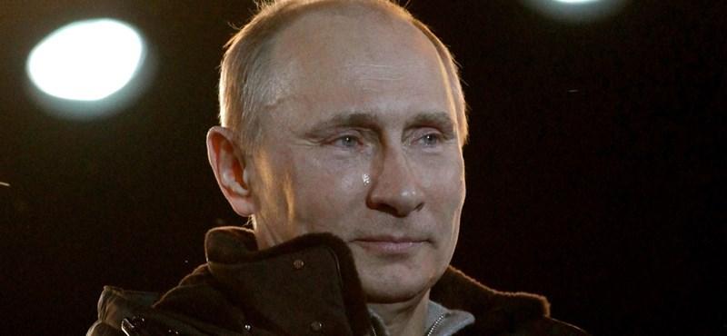Fotók a pityergő Putyinról