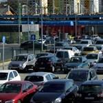 700 millióból terveztet parkolókat a kormány