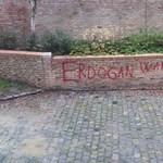 Háborús bűnösnek nevezték Erdogant – azonnal érkezett a takarítóbrigád
