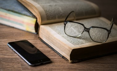 Appajánló a költészet szerelmeseinek - nyelvtanulóknak is érdemes kipróbálni