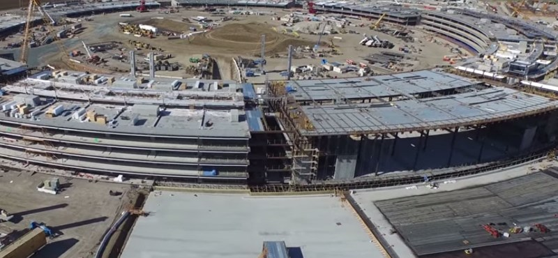 """Alakul az """"űrhajó"""": így néz most ki az Apple épülő főhadiszállása – videó"""