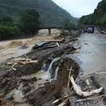 Több mint egy tucat halottja van a vietnami áradásoknak, többen eltűntek