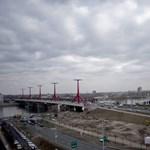 Új híd épül a Dunán, a semmibe fog vezetni