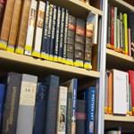 Azbeszttel szennyezett helyiségekbe keres önkénteseket az Országos Széchényi Könyvtár