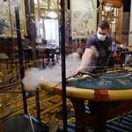 Naponta megsemmisítik a kártyákat a monte-carlói kaszinóban
