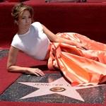 Fotók: Jennifer Lopezé a 2500. csillag a Hírességek Sétányán