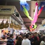 Éjszakai buli a piacokon
