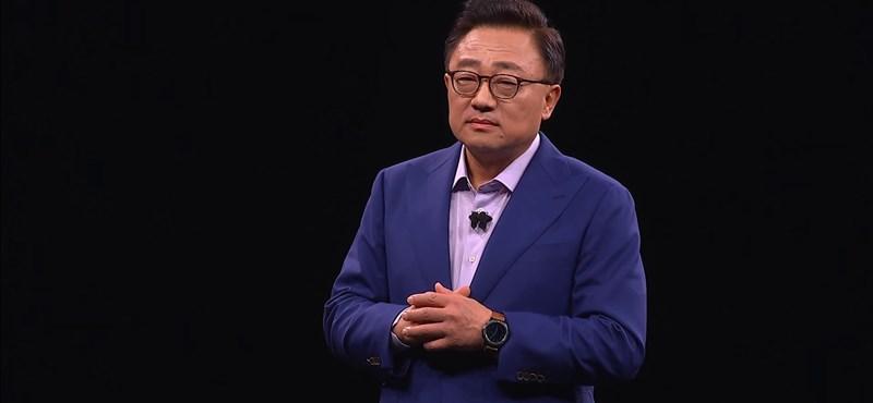 Lehetne tanulni a Samsung vezérétől, aki nem félt beismerni, elsiették a Galaxy Foldot