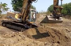Halastó ásása közben került elő a magyar katonák tömegsírja