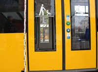 Kirúgta a Combino ajtajának üvegét, nem járt a 4-6-os