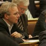Bekeményített a Fidesz: leseperték Pokorni puhító ötletét