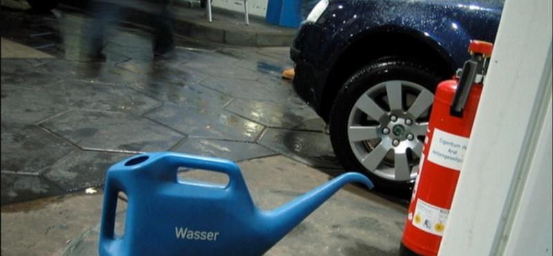 Többször lopott, majd gázolt is a benzinkúton a szlovák férfi