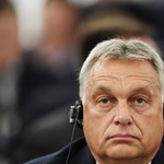 Muppet Show-ba illő Orbánék válasza a Sargentini-jelentésre – itt egy gúnyvideó