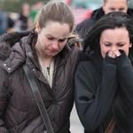 Döbbent csend az iskolai lövöldözés után - Nagyítás-képgaléria
